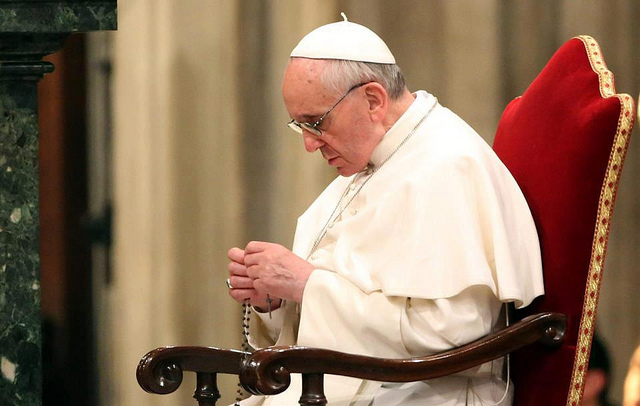 pope_rosary