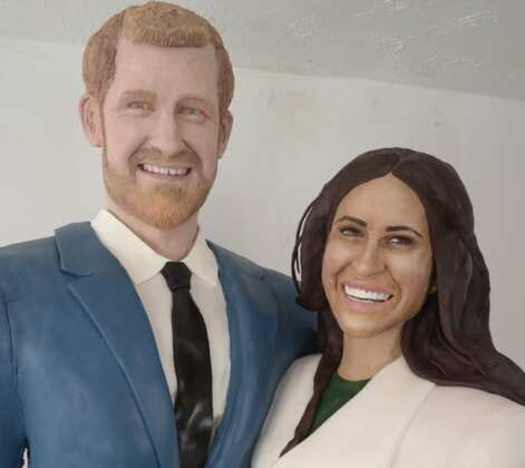 Meghan Markle and Price Harry sculpture