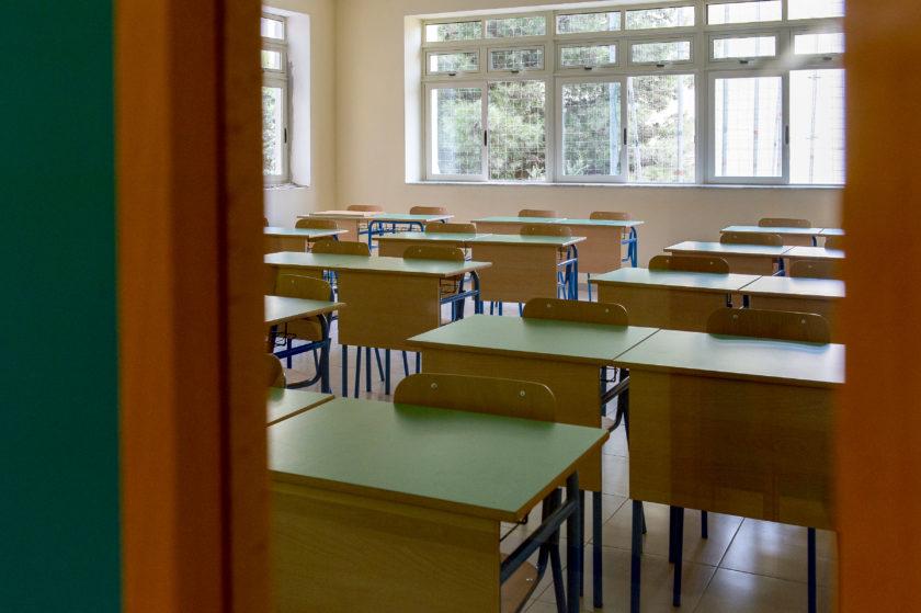 klassi_skola_studenti_studju