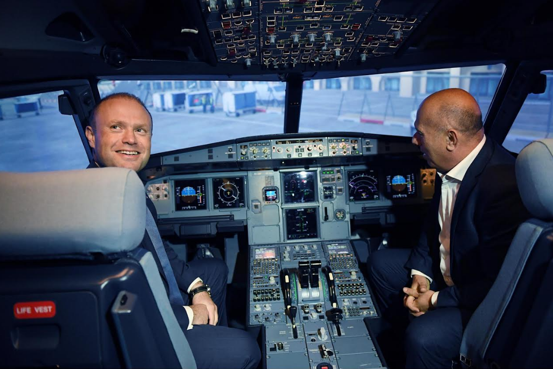Joseph-Muscat-Simulator-Flight