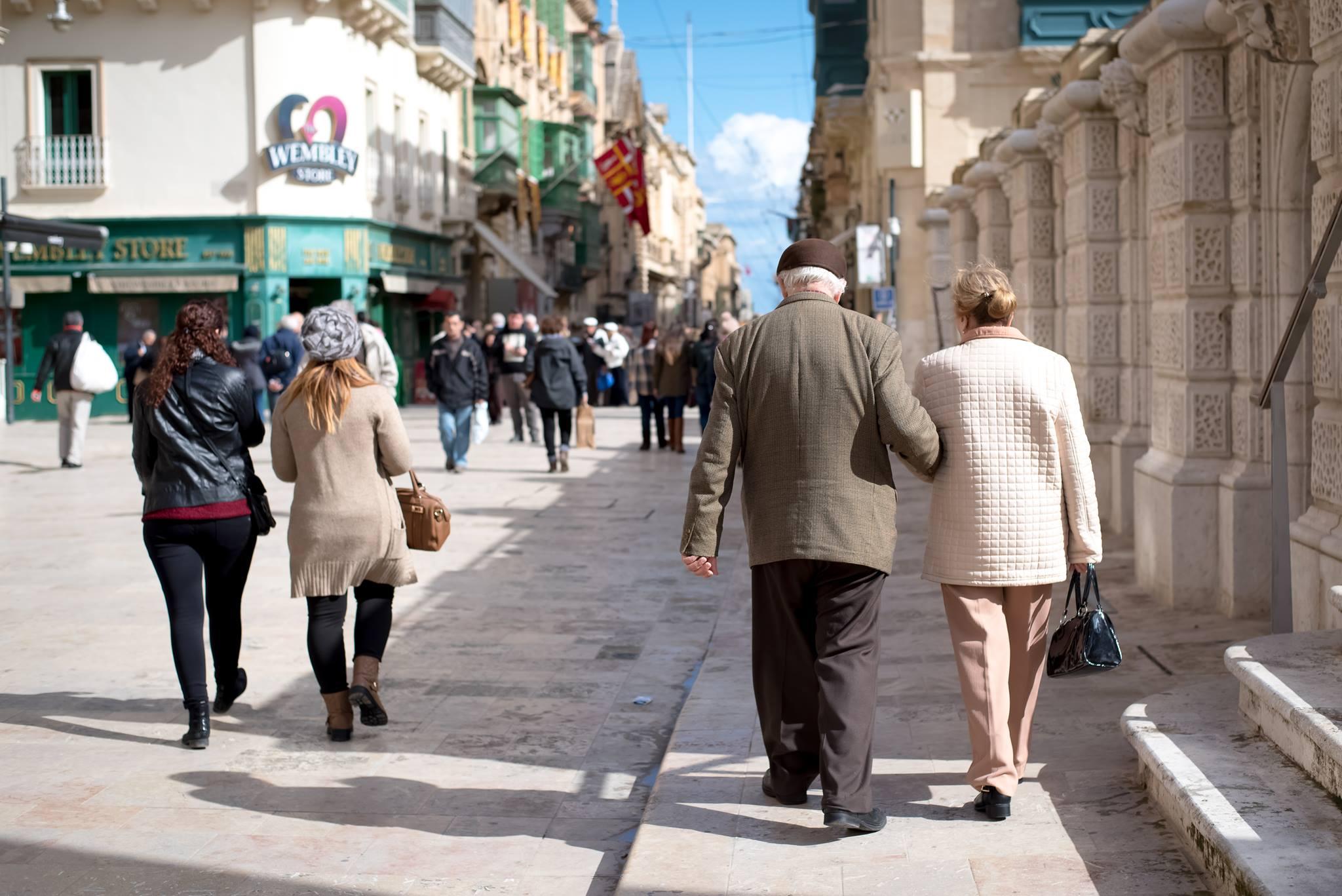 Nies republic street