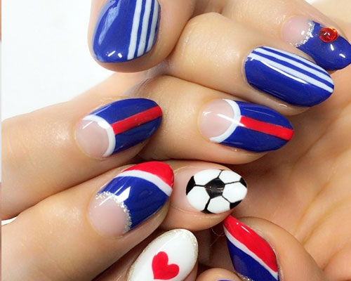 world-cup-nails