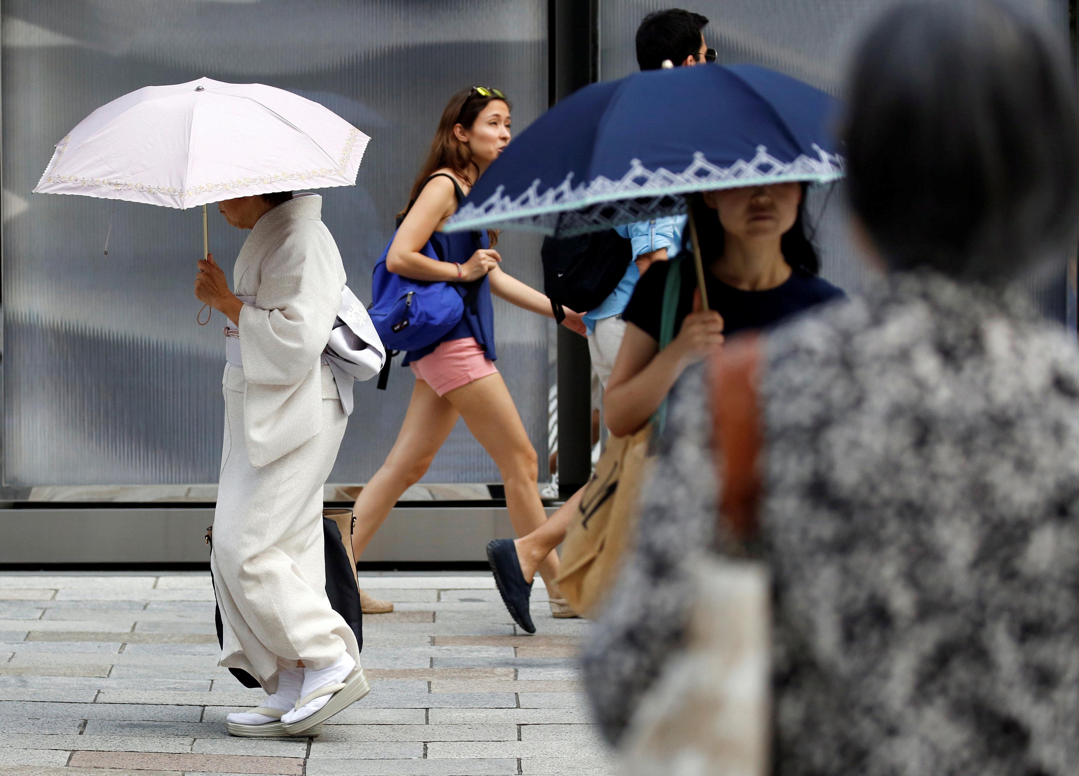 Japan heatwave - street