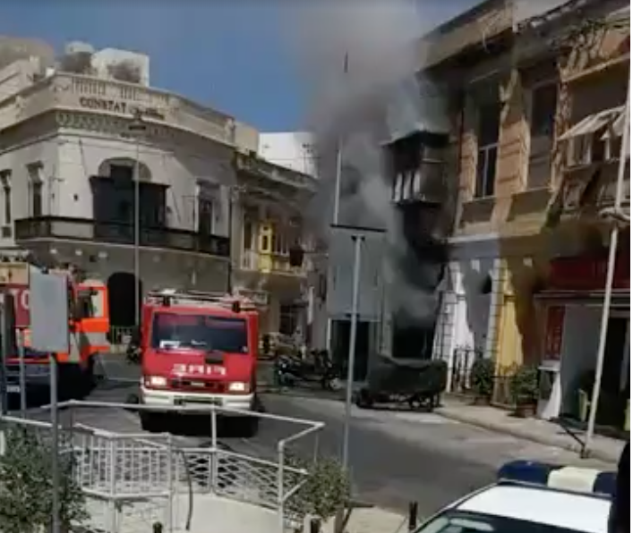 Fire engulfs pharmacy in Sliema