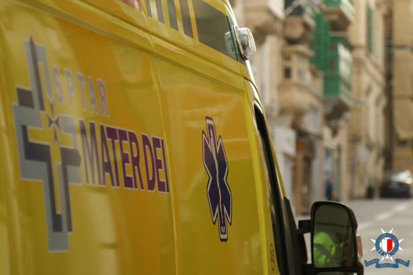 Ambulance - Mater Dei - Malta Police Force
