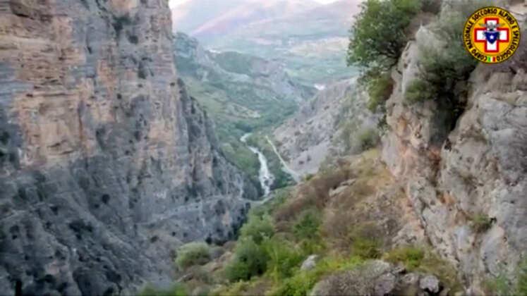 Jitnaddaf qiegħ ix-xmara dulluvju qatel 11 persuna