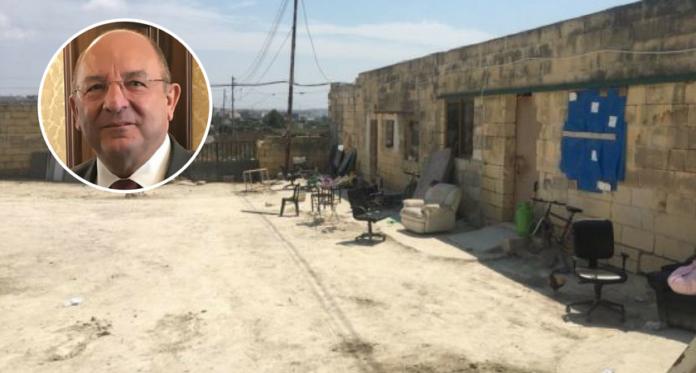 Ministru Michael Farrugia Persuni razzett immigrazzjoni