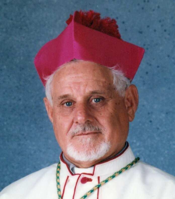 Baldacchino-Mons.-Francis