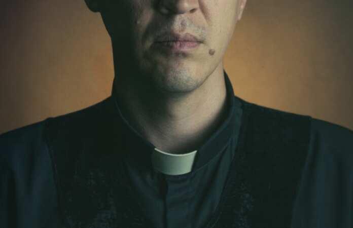Priest Malta   Newsbook