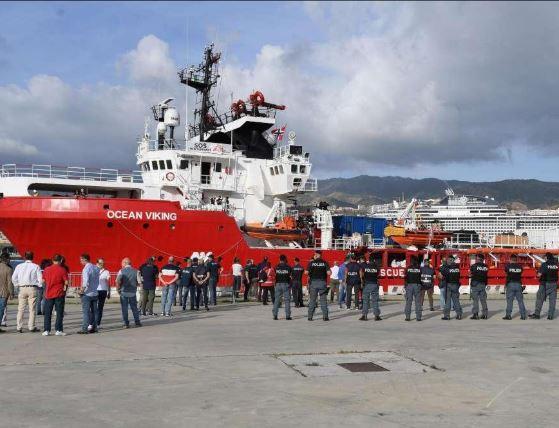 Ocean Viking enters Messina port - Newsbook