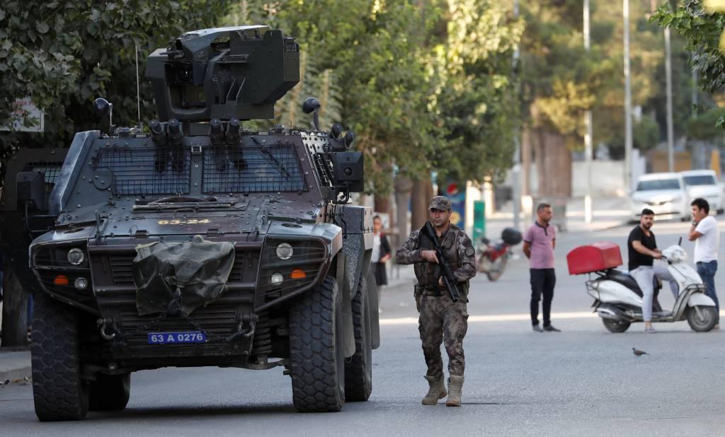 Islamic State relatives flee en masse from Syrian camp - Kurdish-led authority - Newsbook