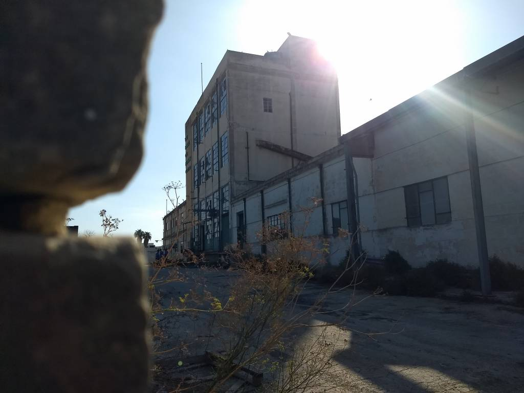 Watch: Explosions at former factory in Marsa - Newsbook