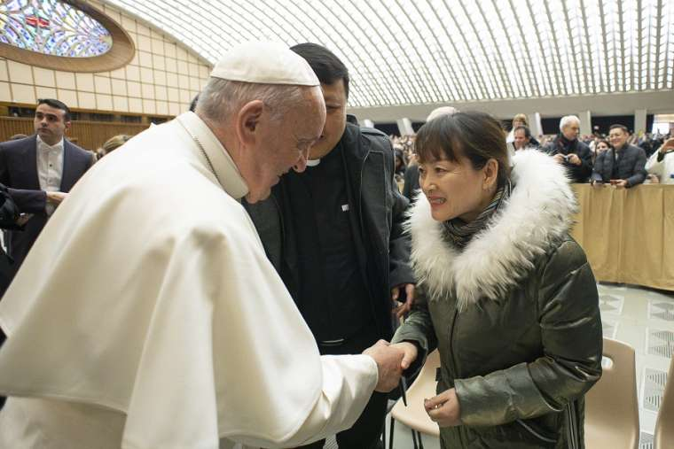 Pope Francis met woman who grabbed his hand on New Year's Eve - Newsbook