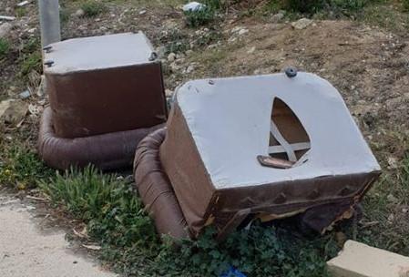 dumped stools