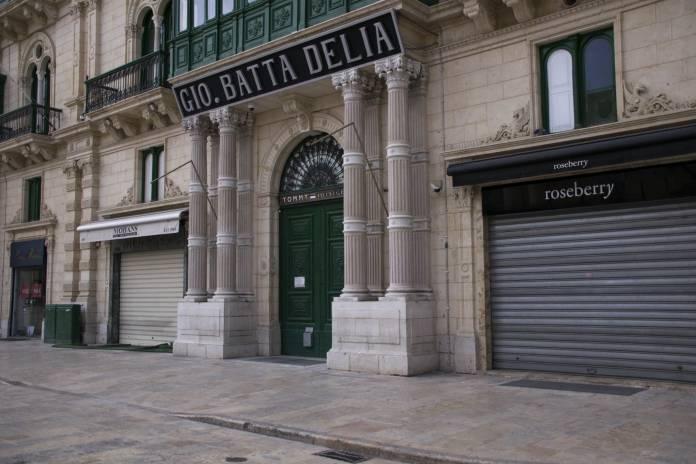 Shops in Valletta empty due to coronavirus