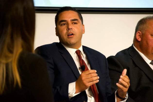 Minister Ian Borg