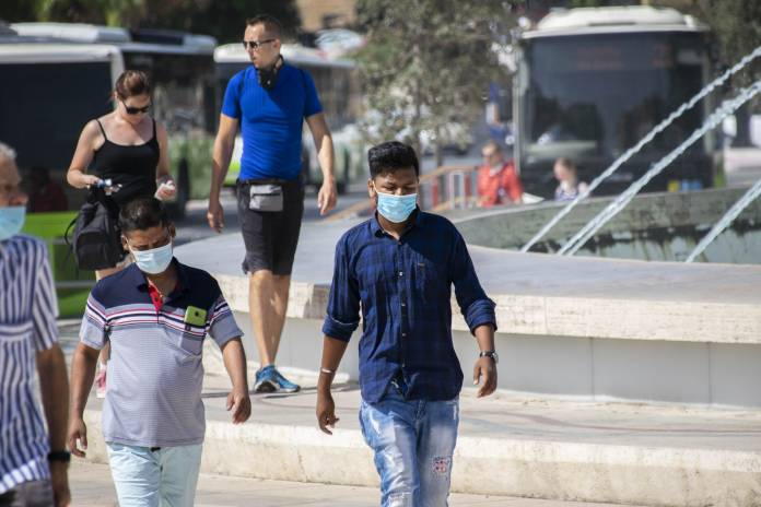 Woman-wearing-face-mask-due-to-coronavirus-pandemic-7