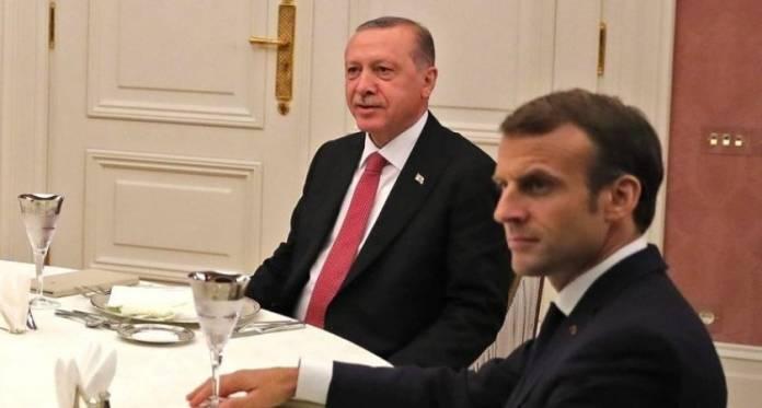 English: Federal Chancellor of Germany Angela Merkel, President of Russia Vladimir Putin, President of Turkey Recep Tayyip Erdogan and President of France Emmanuel Macron during a working dinner, İstanbul, Turkey