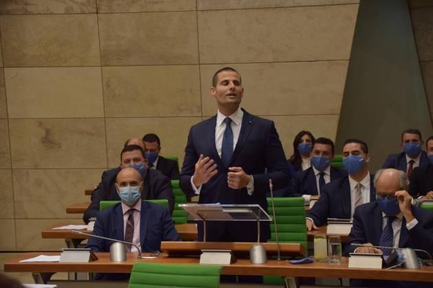Robert Abela Parlament