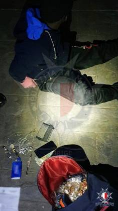 serq ġojjelli arrest flus