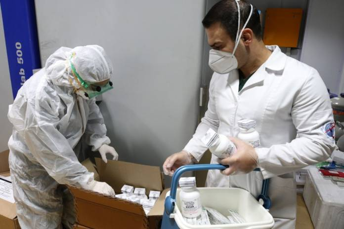 Health workers, community response, Iran, medical supplies, medicines