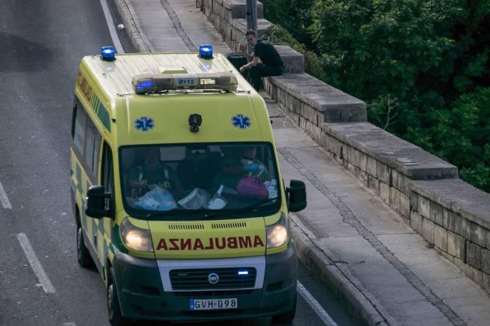 Ambulanza-emergenza-2