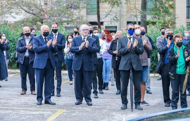 Prof. Friggieri jingħata l-aħħar tislima mill-kollegi u studenti; Ritratt: DOI - Omar Camilleri