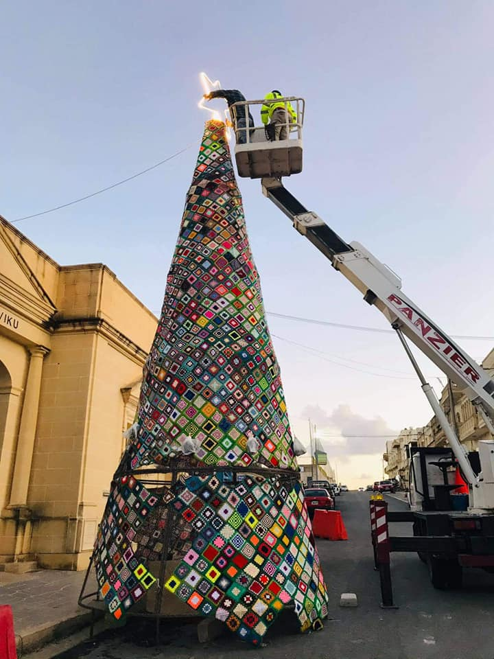 Photos: Crafty Christmas tree embellishes Kerċem, Gozo - Newsbook