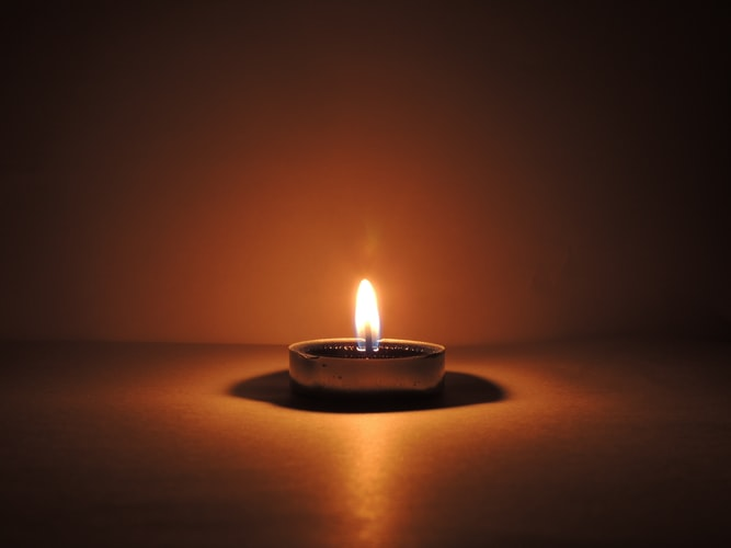 no electricity, candle