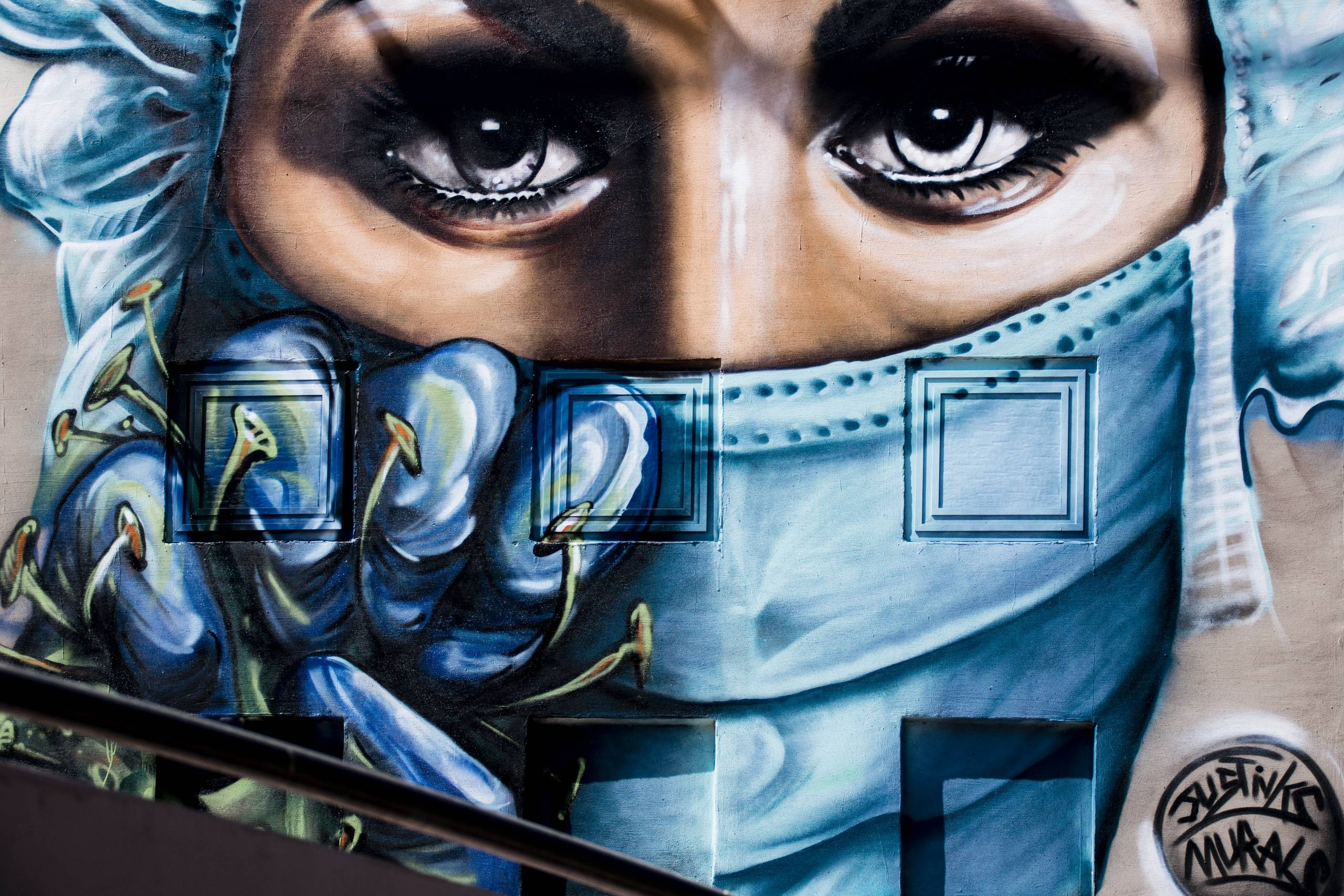 justinks-and-murals-coronavirus-art