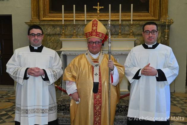 Extraordinary-Ministers-of-Holy-Communion-lectors-2021-archbishop-Scicluna