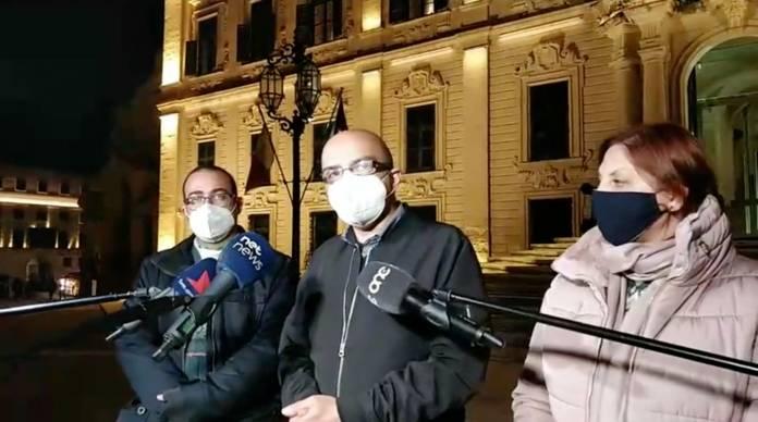 MUT quddiem Kastilja - strajk għalliema